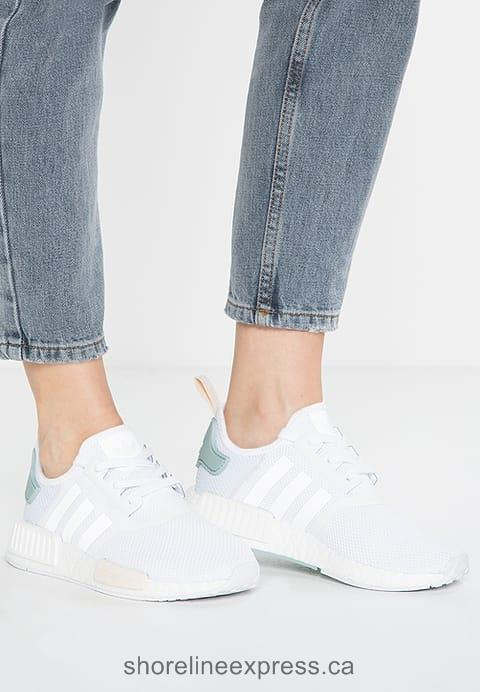 Concise Women adidas Originals NMD_R1 W - Trainers White/Tactile Green